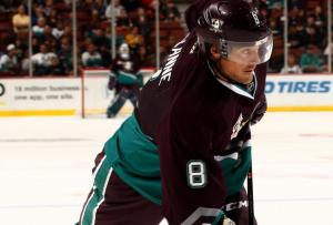 hi-res-184428556-teemu-selanne-of-the-anaheim-ducks-attempts-a-shot_crop_north